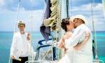 Hochzeit in Urlaubsorts auf einer Yacht. VIP Package {Helen + Theodor}